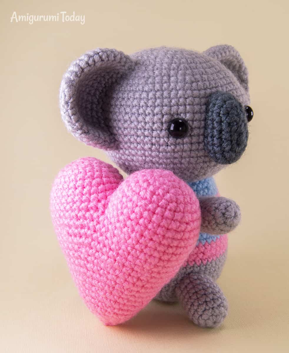 Amigurumi koala crochet pattern by Amigurumi Today