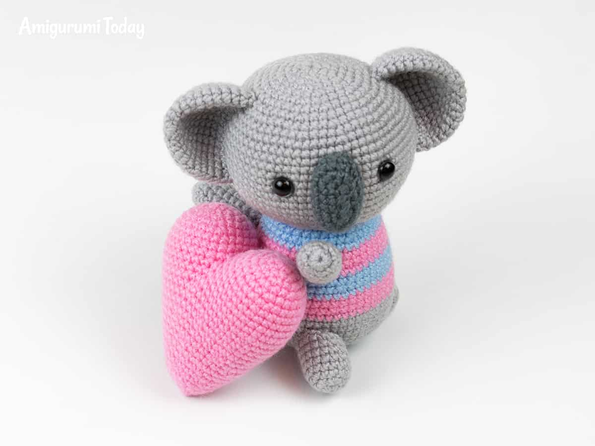 Amigurumi koala with heart pattern