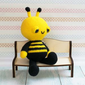 Soft & Dreamy Bee amigurumi pattern 2
