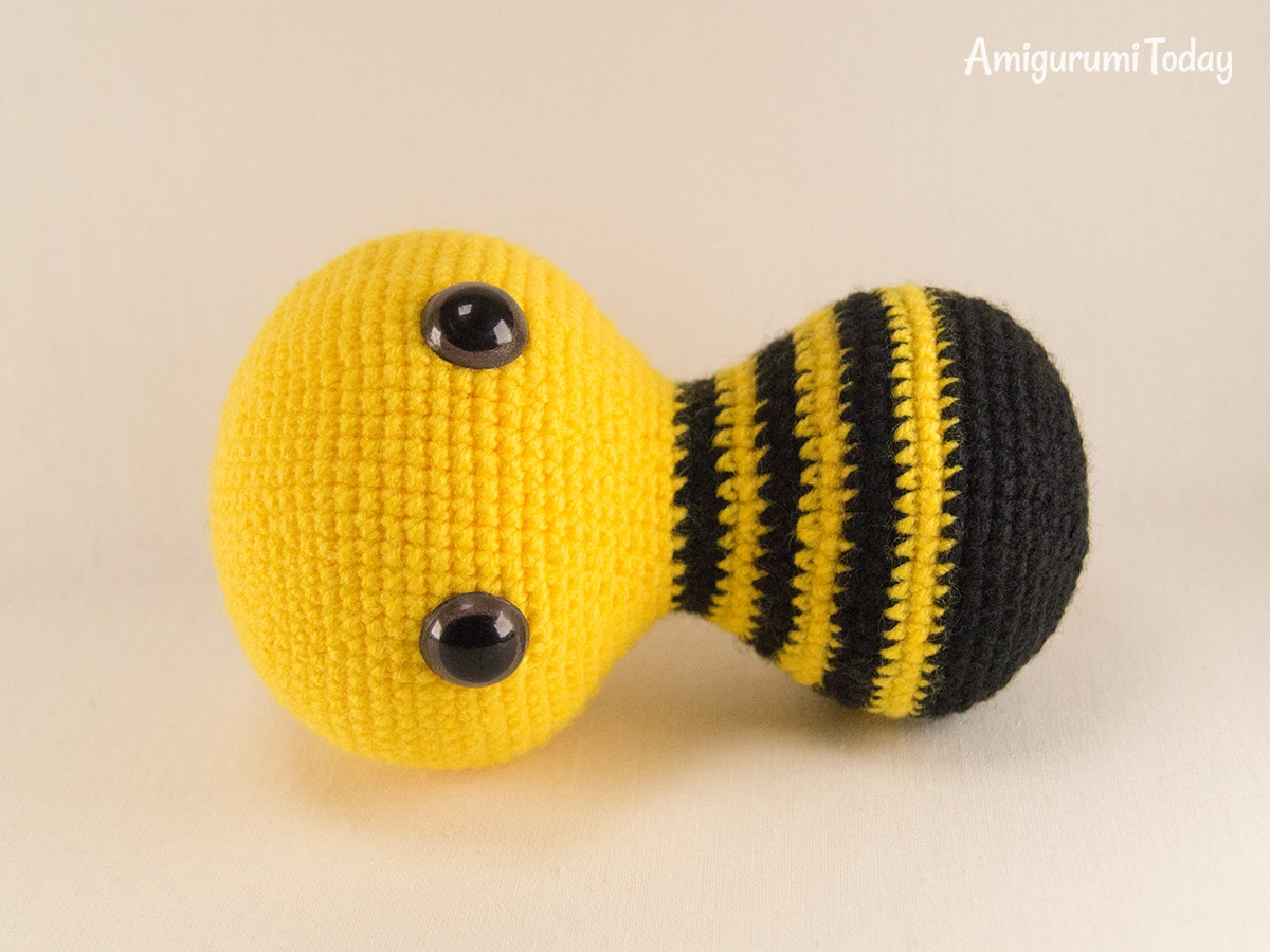 Dreamy Bee crochet pattern - Head and body