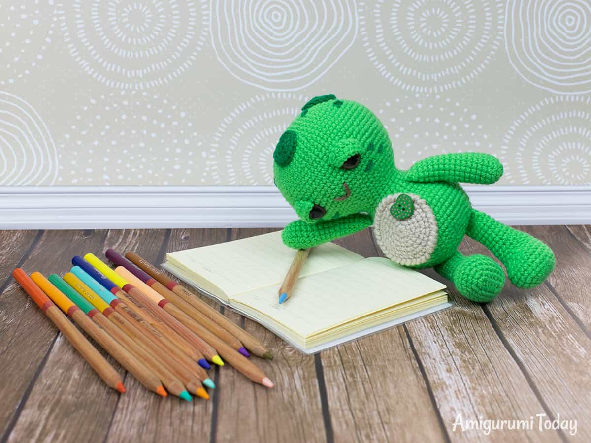 Dreamy Turtle amigurumi pattern by Amigurumi Today