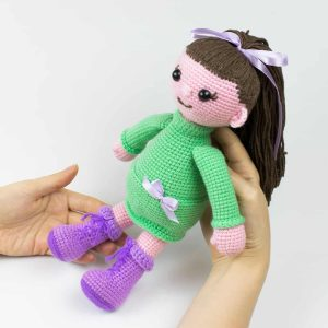 Free Lulu Doll crochet pattern by Amigurumi Today