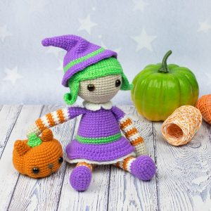 Amigurumi Halloween witch - Free crochet pattern by Amigurumi Today