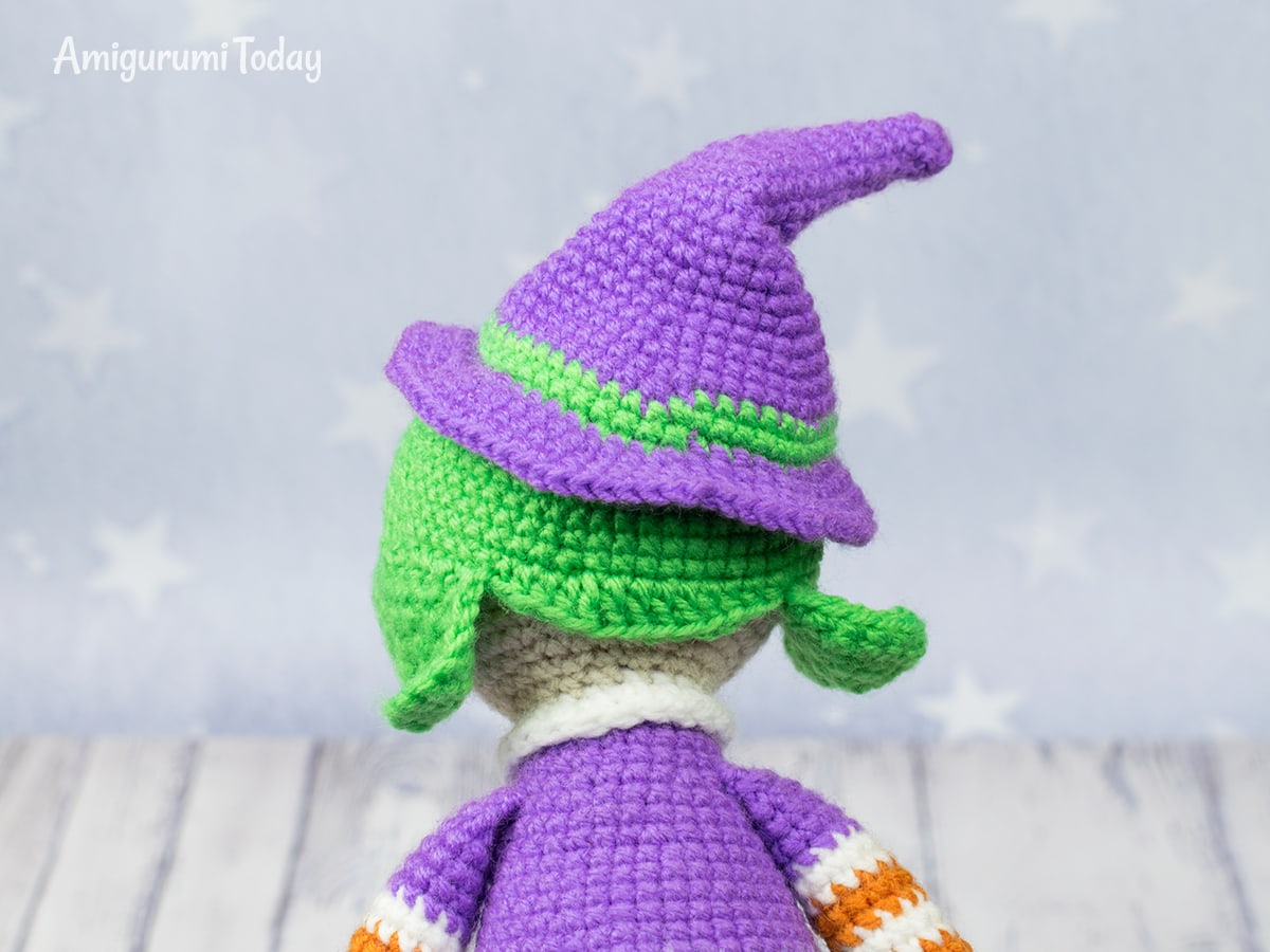 Halloween witch - Free crochet pattern by Amigurumi Today