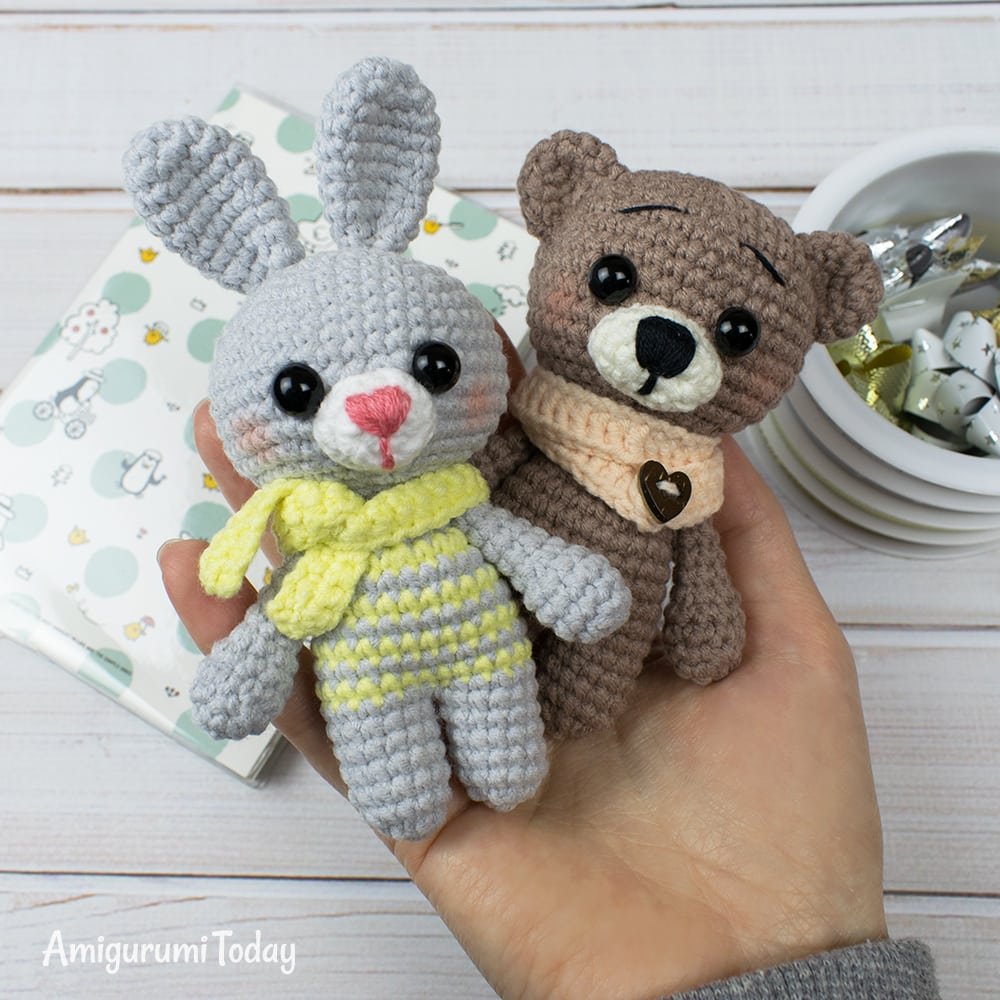 Free crochet animal patterns - Amigurumi bunny and bear