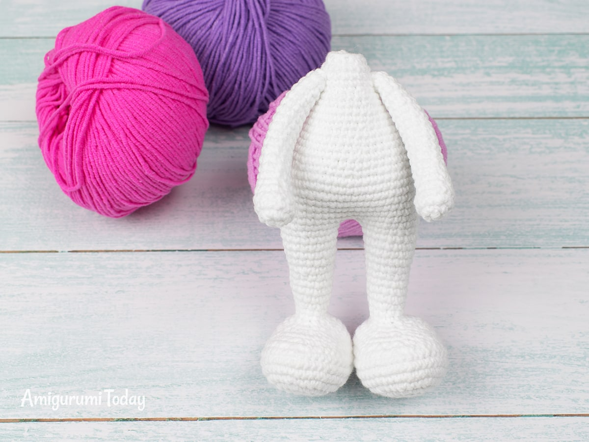 Pretty Bunny Amigurumi Pattern - Attaching arms