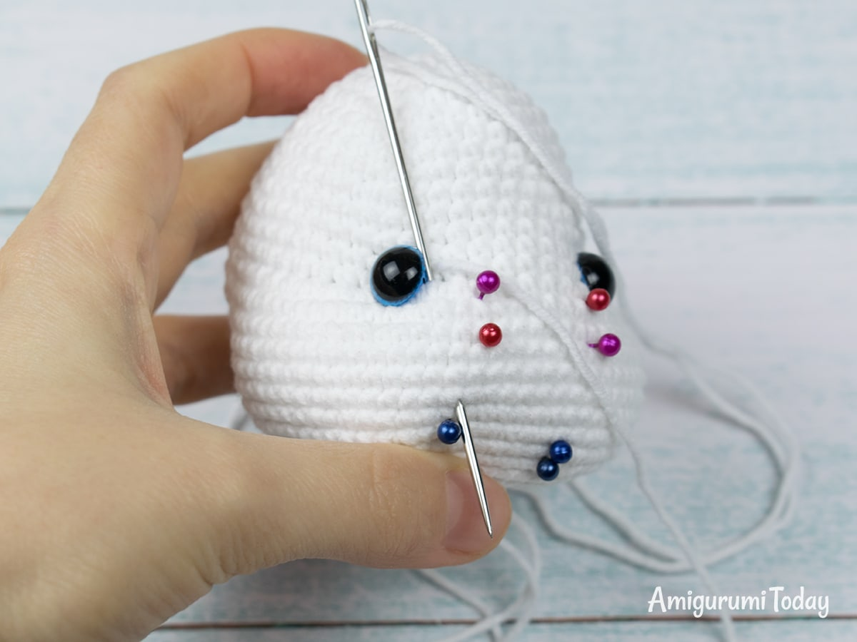 Pretty Bunny Crochet Pattern - Shaping the muzzle - Step 3
