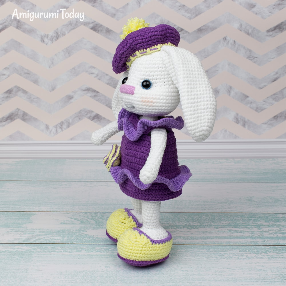 Pretty Bunny with floppy ears - Crochet Pattern