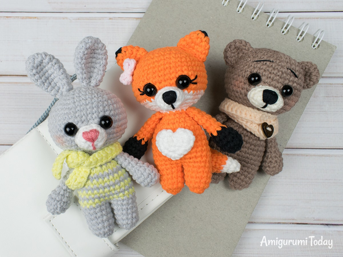 Tiny fox amigurumi - Free crochet pattern