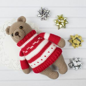 Bear in pullover - Free crochet pattern by Amigurumi Today