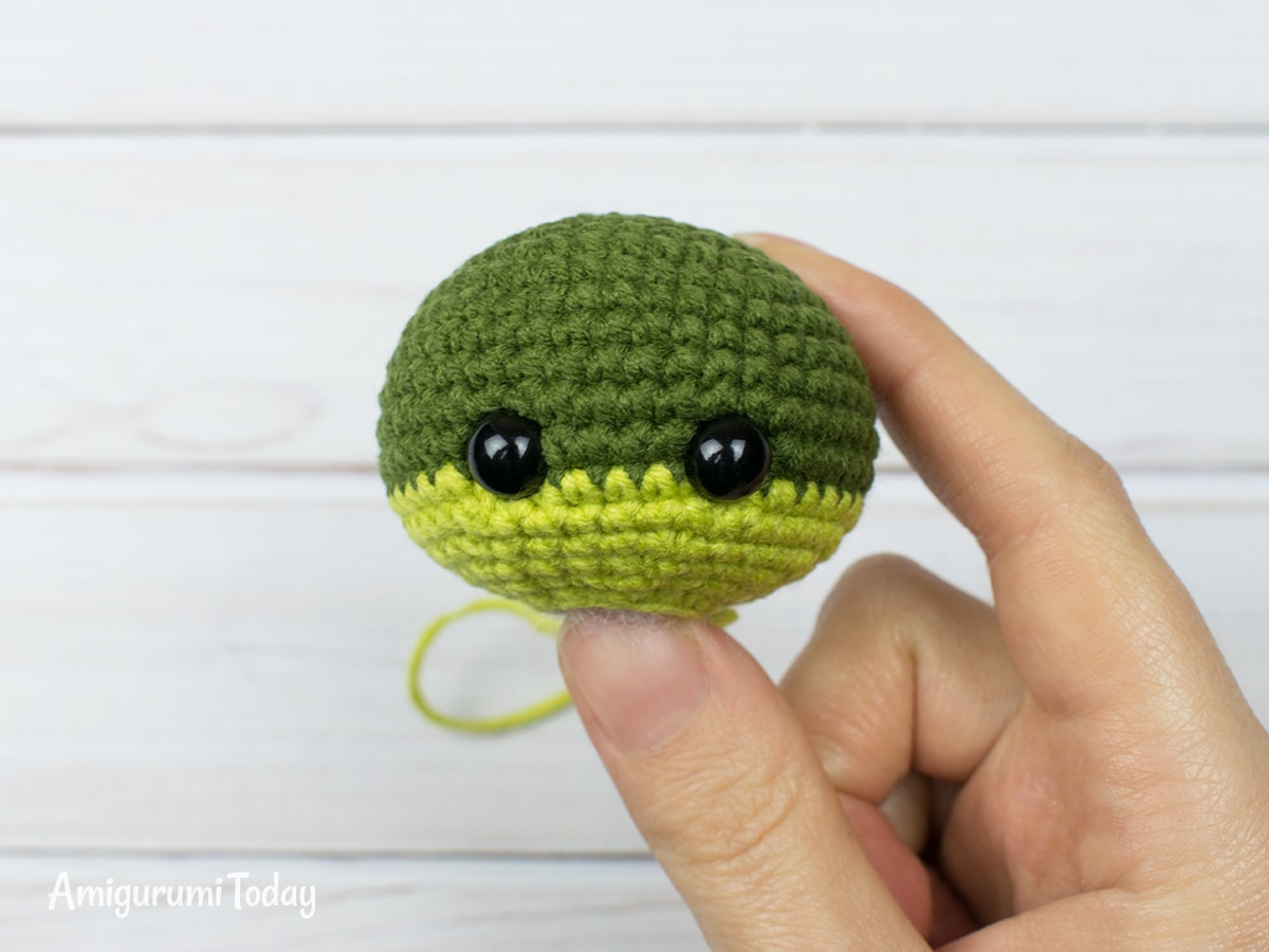 Tiny dragon amigurumi pattern - Head
