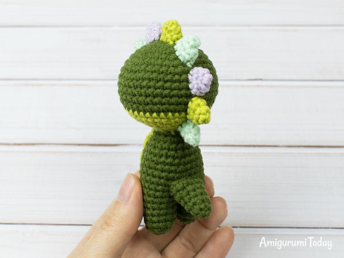 Tiny dragon amigurumi pattern - Tail