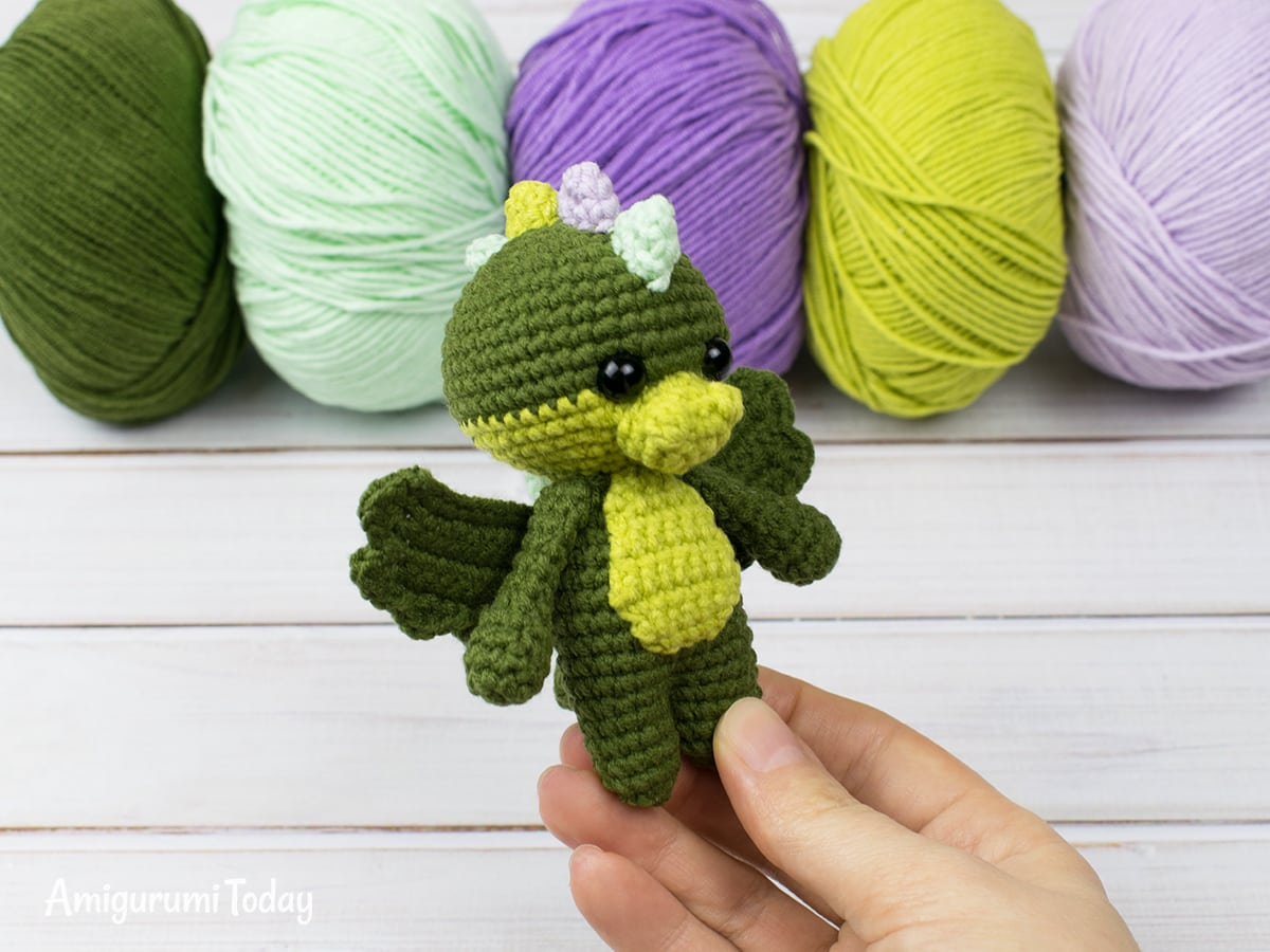 Tiny dragon amigurumi pattern by Amigurumi Today
