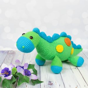 Crochet dinosaur - Free amigurumi pattern by Amigurumi Today