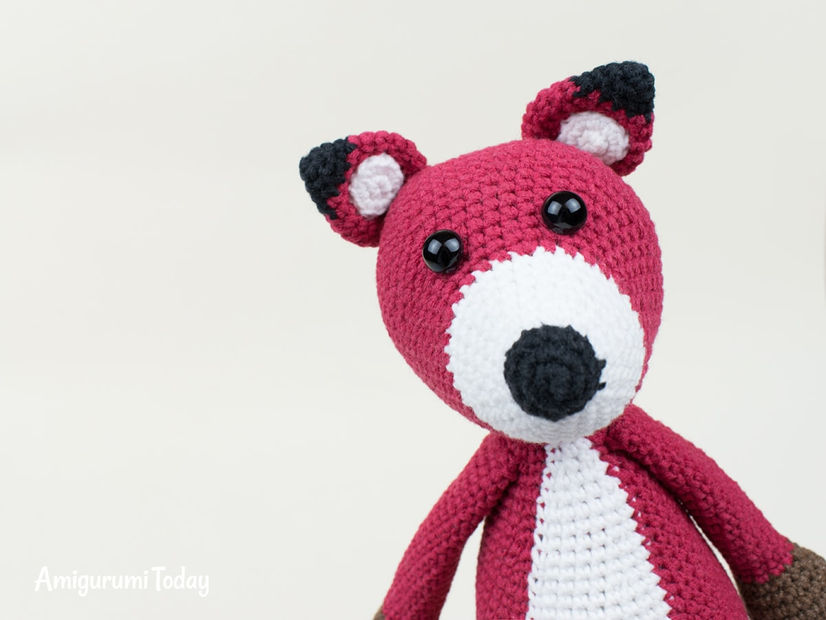 Free red fox amigurumi pattern
