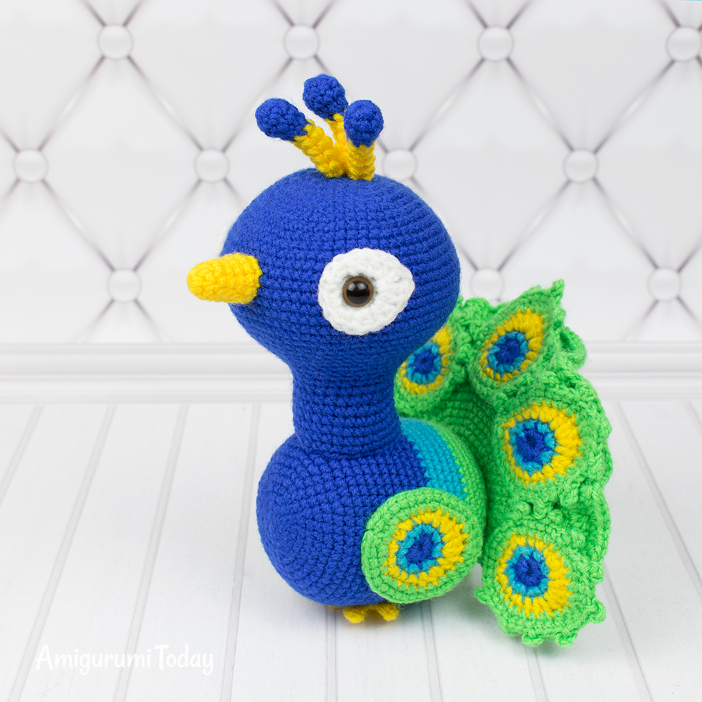 Paco the Peacock crochet pattern by Amigurumi Today