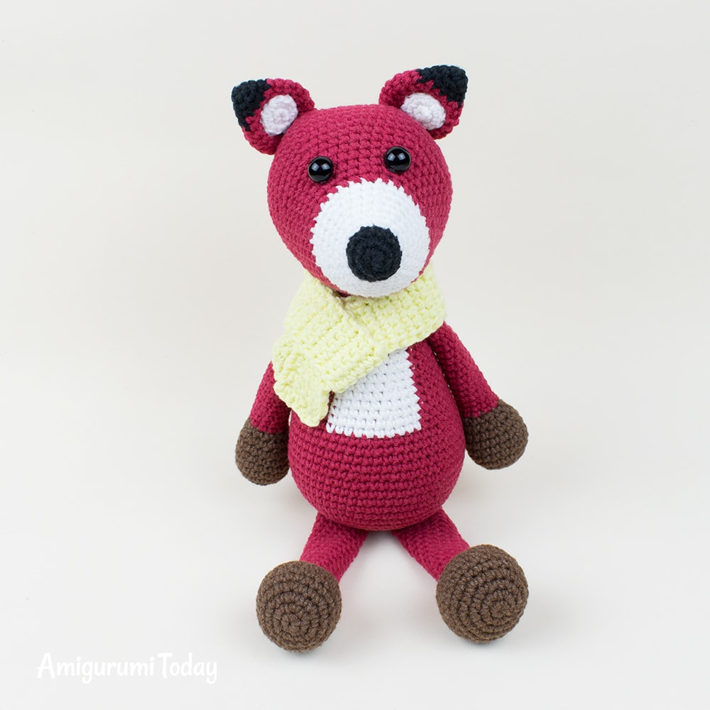 Red fox crochet pattern by Amigurumi Today