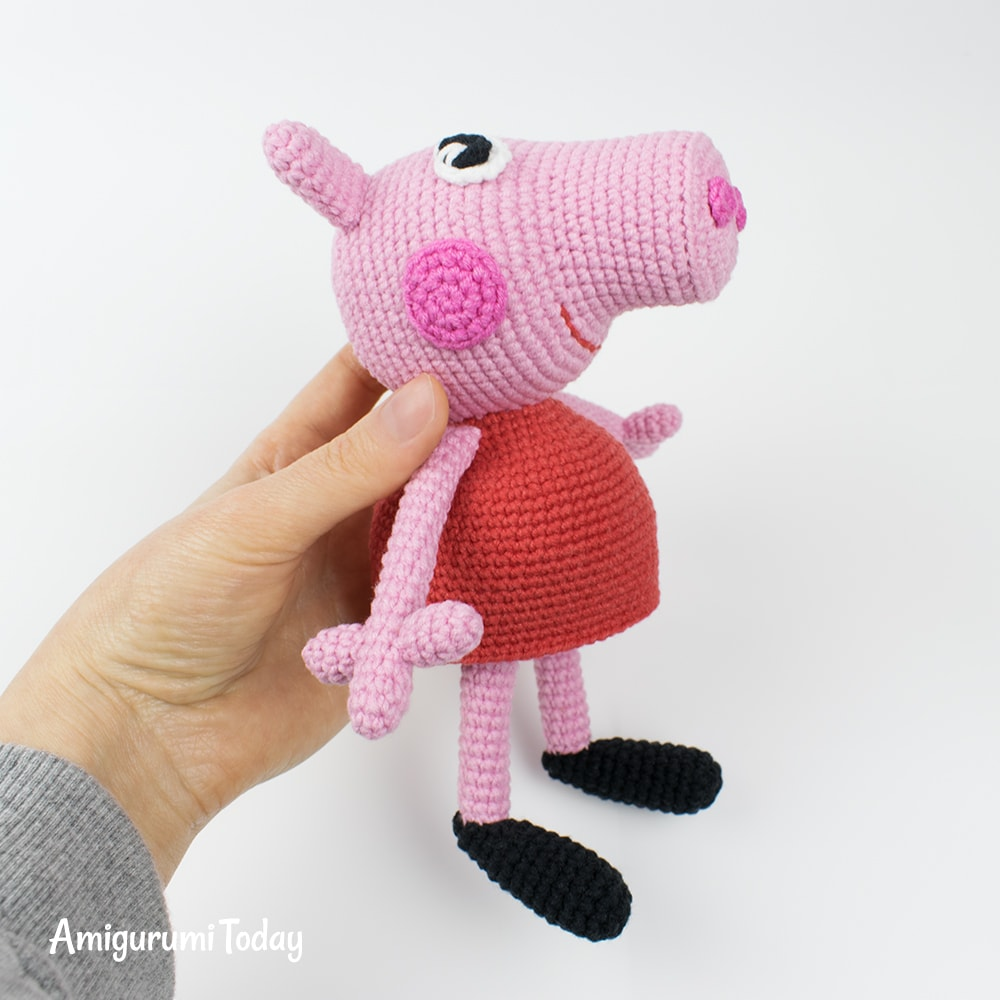 Crochet pig free amigurumi pattern - YouTube | 1000x1000