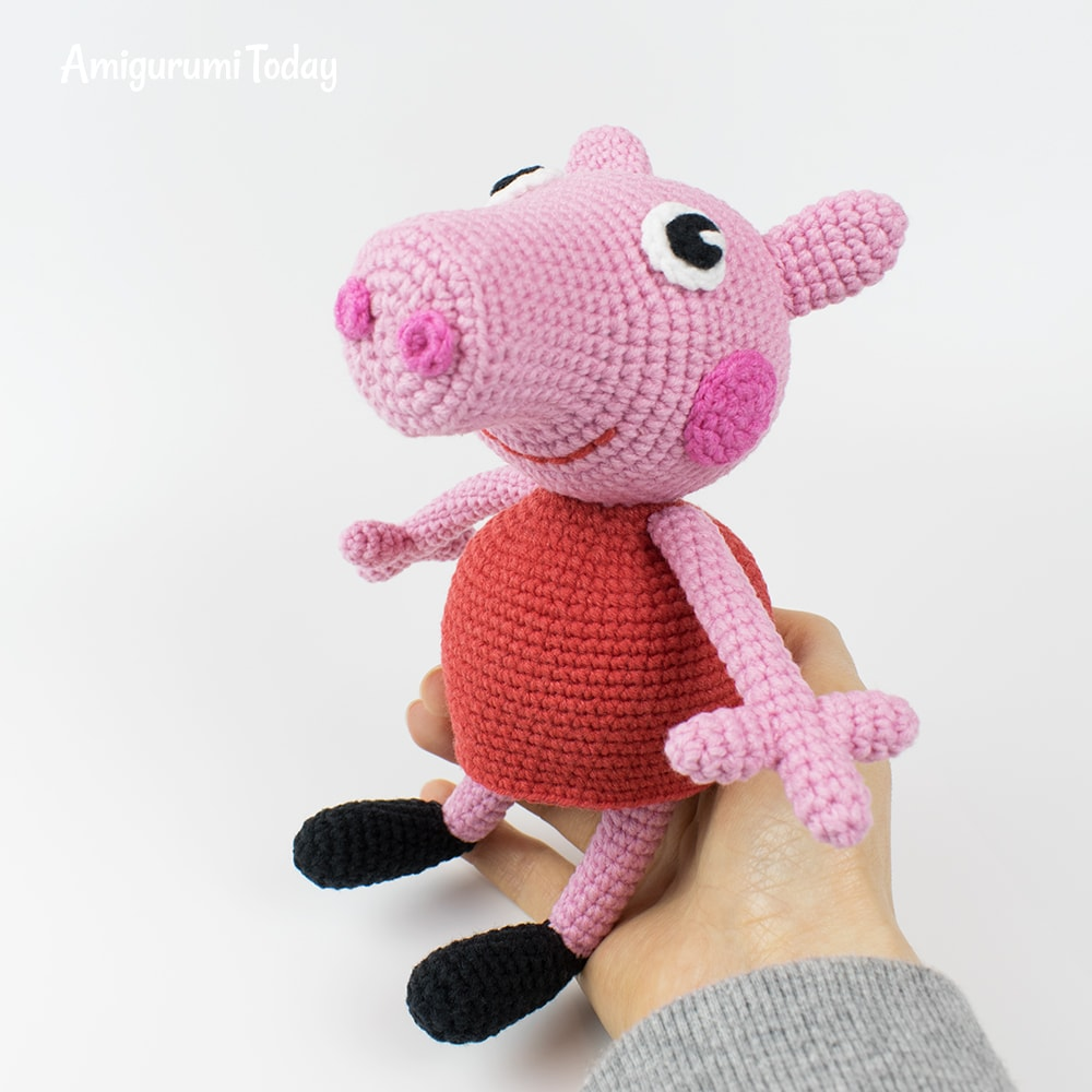 Peppa Pig crochet pattern by Amigurumi Today