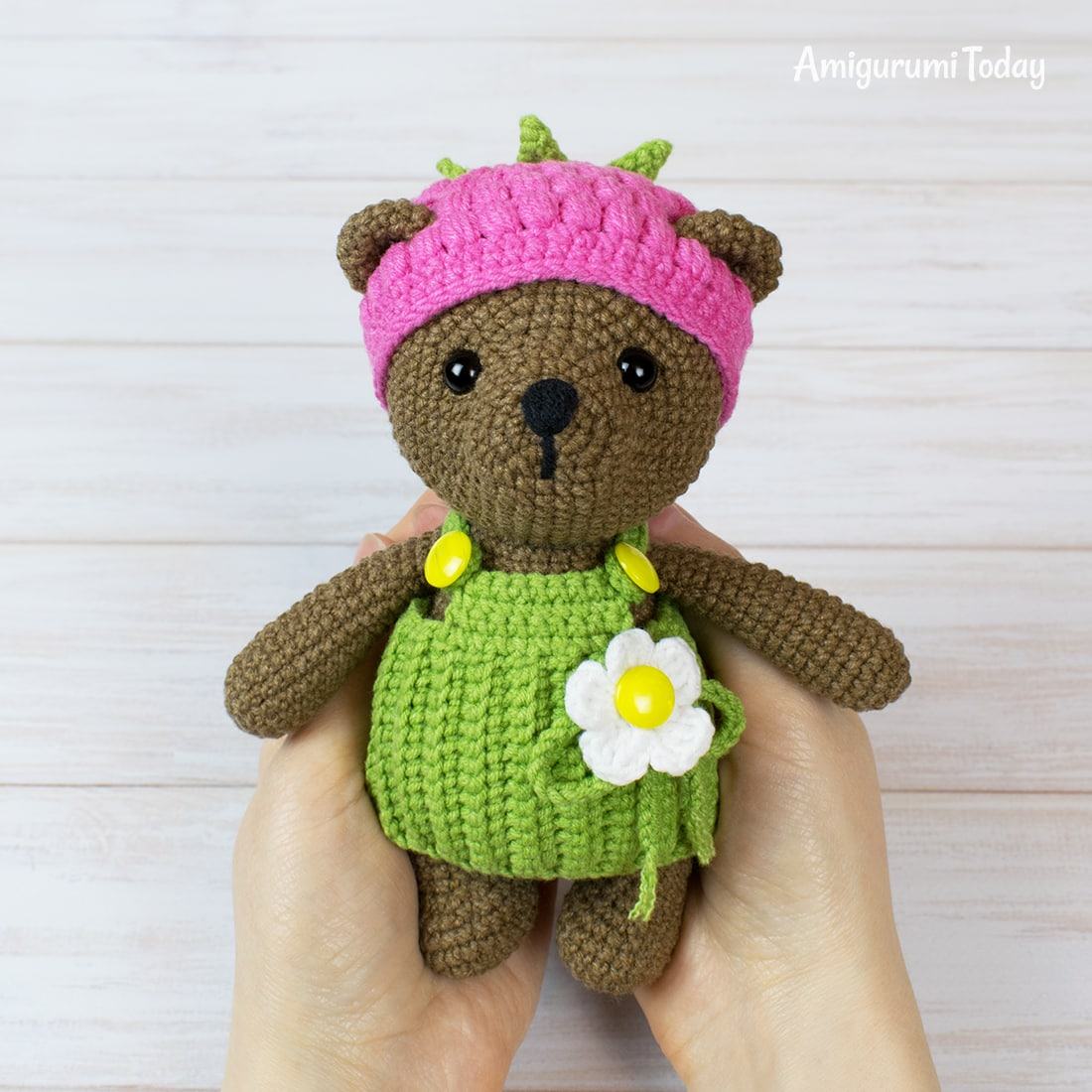 Raspberry Bear crochet pattern