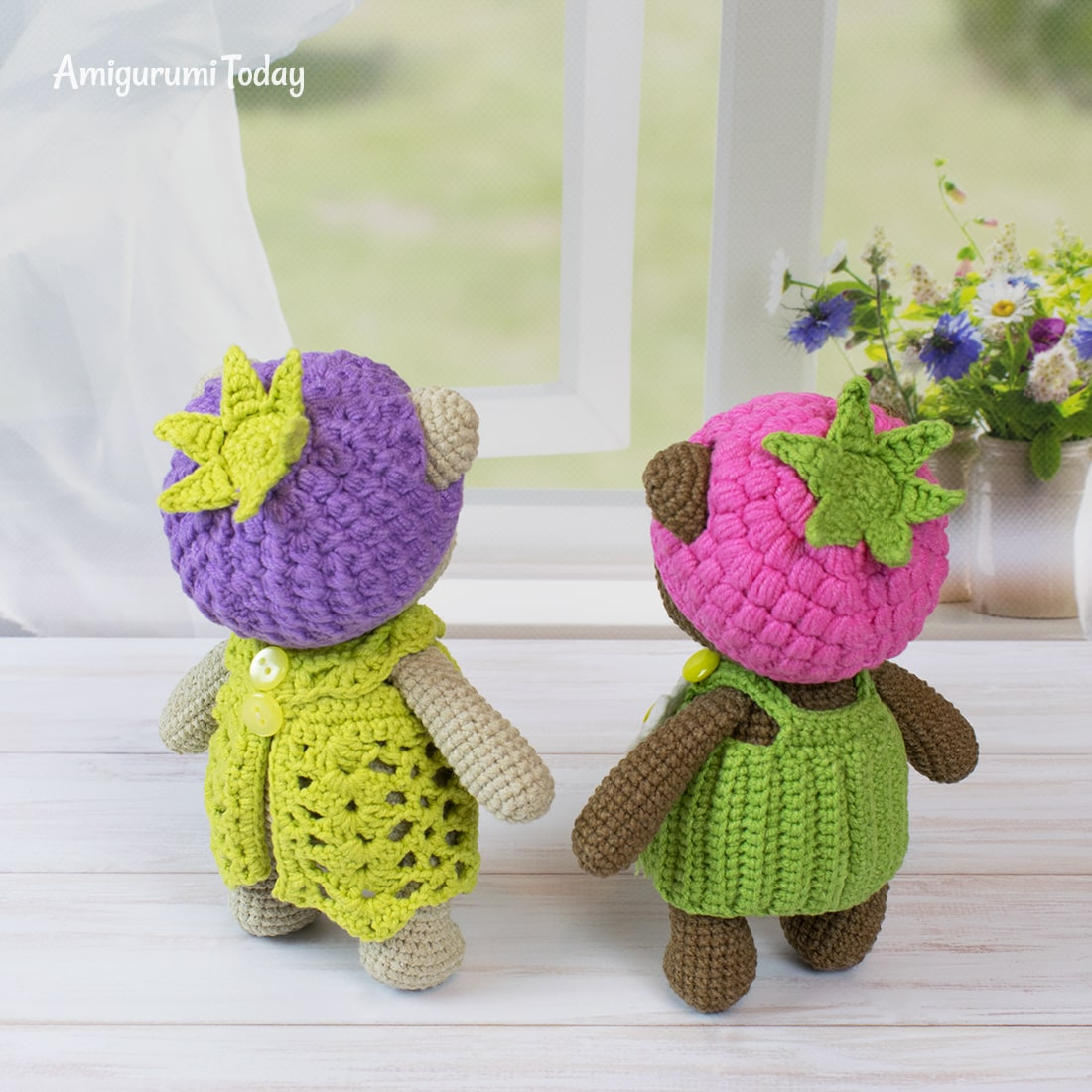 Amigurumi blackberry bear crochet pattern