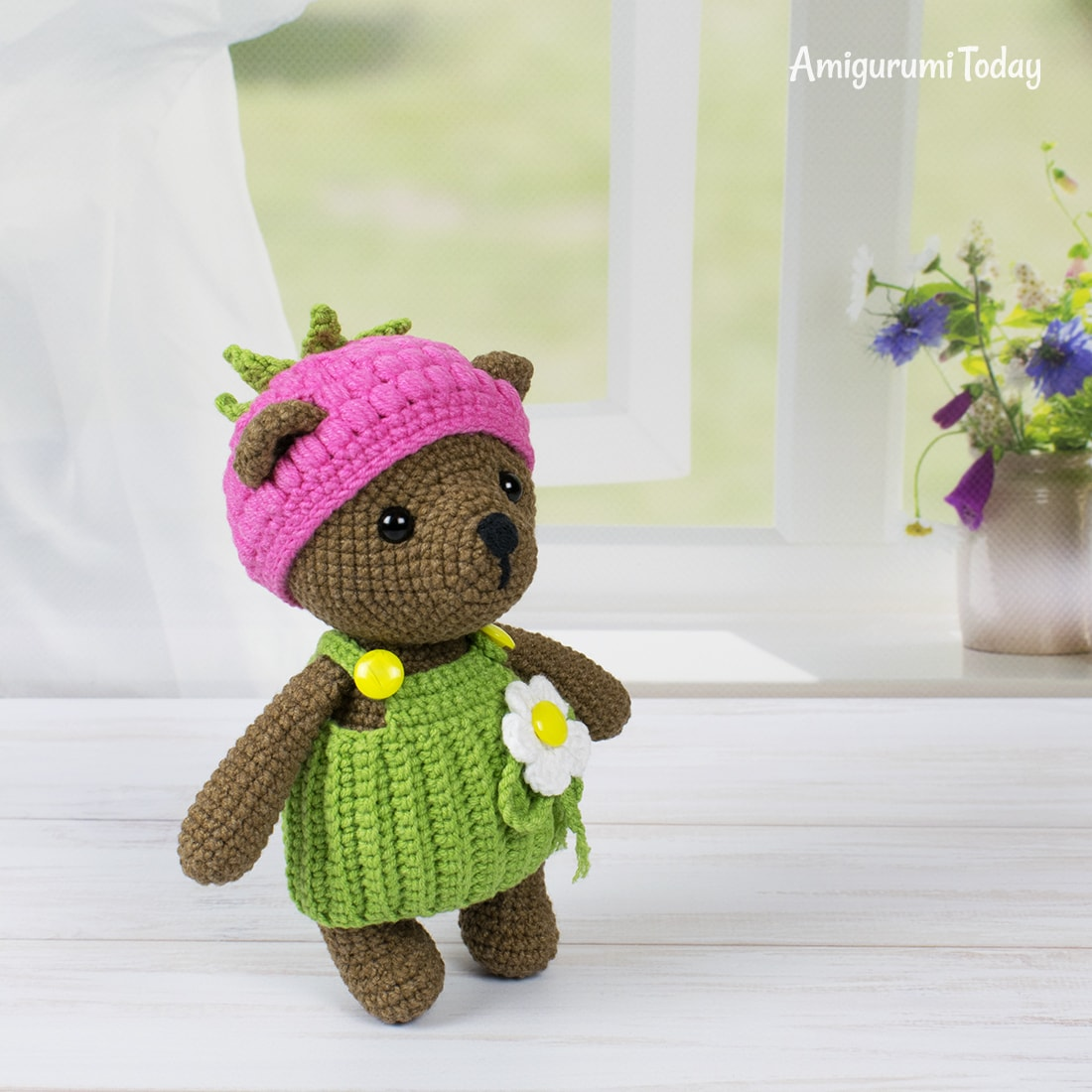 Raspberry Bear - Free crochet pattern by Amigurumi Today