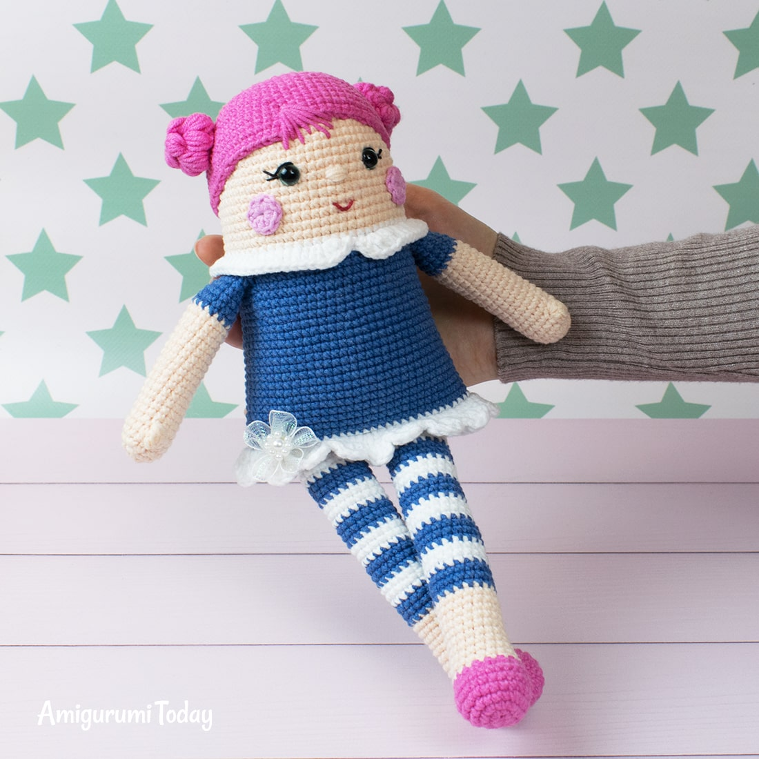 Free crocheted rag doll pattern by Amigurumi Today