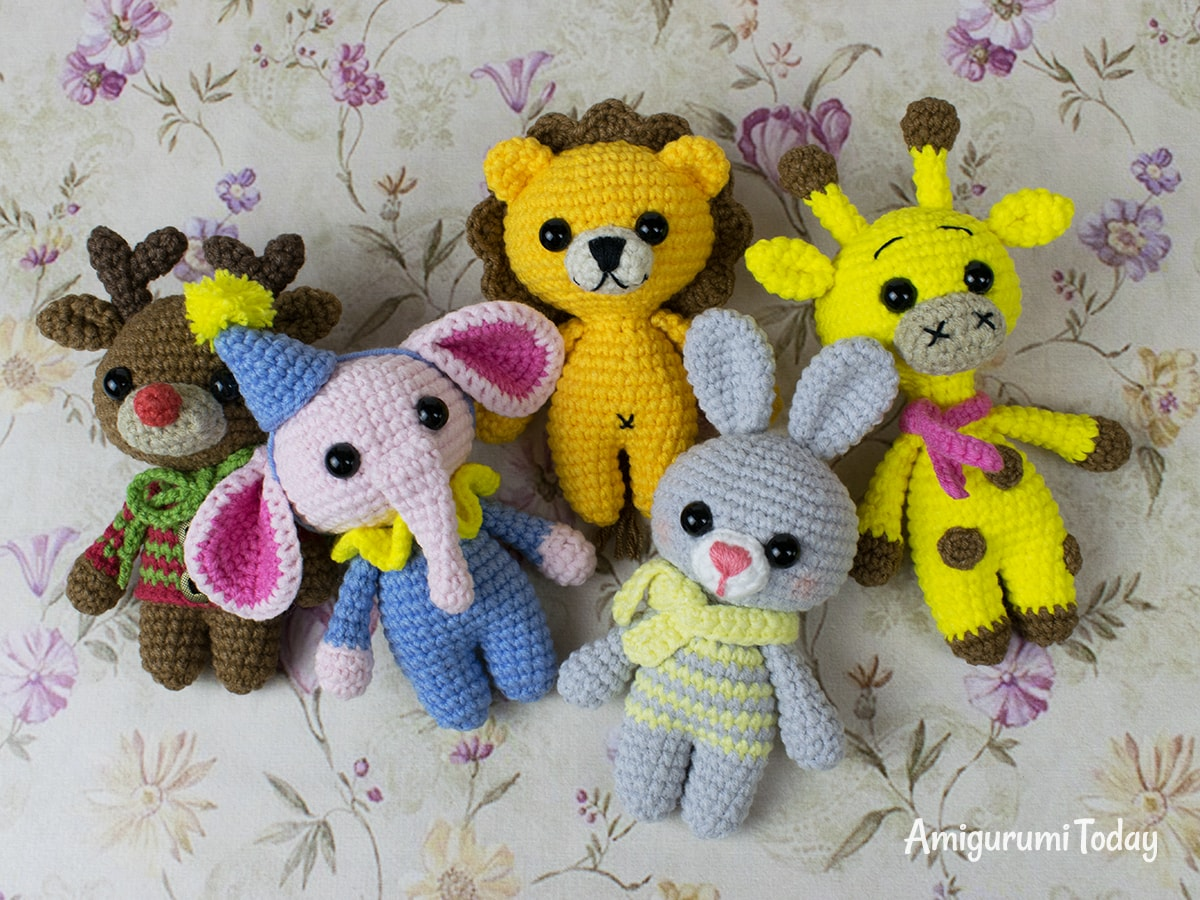 Free tiny animal crochet patterns by Amigurumi Today