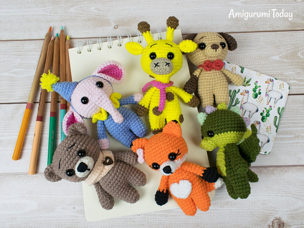 Free tiny giraffe crochet pattern by Amigurumi Today