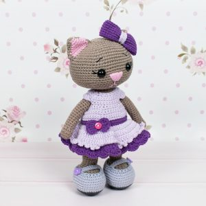 Free Crochet Cat Doll Amigurumi Pattern