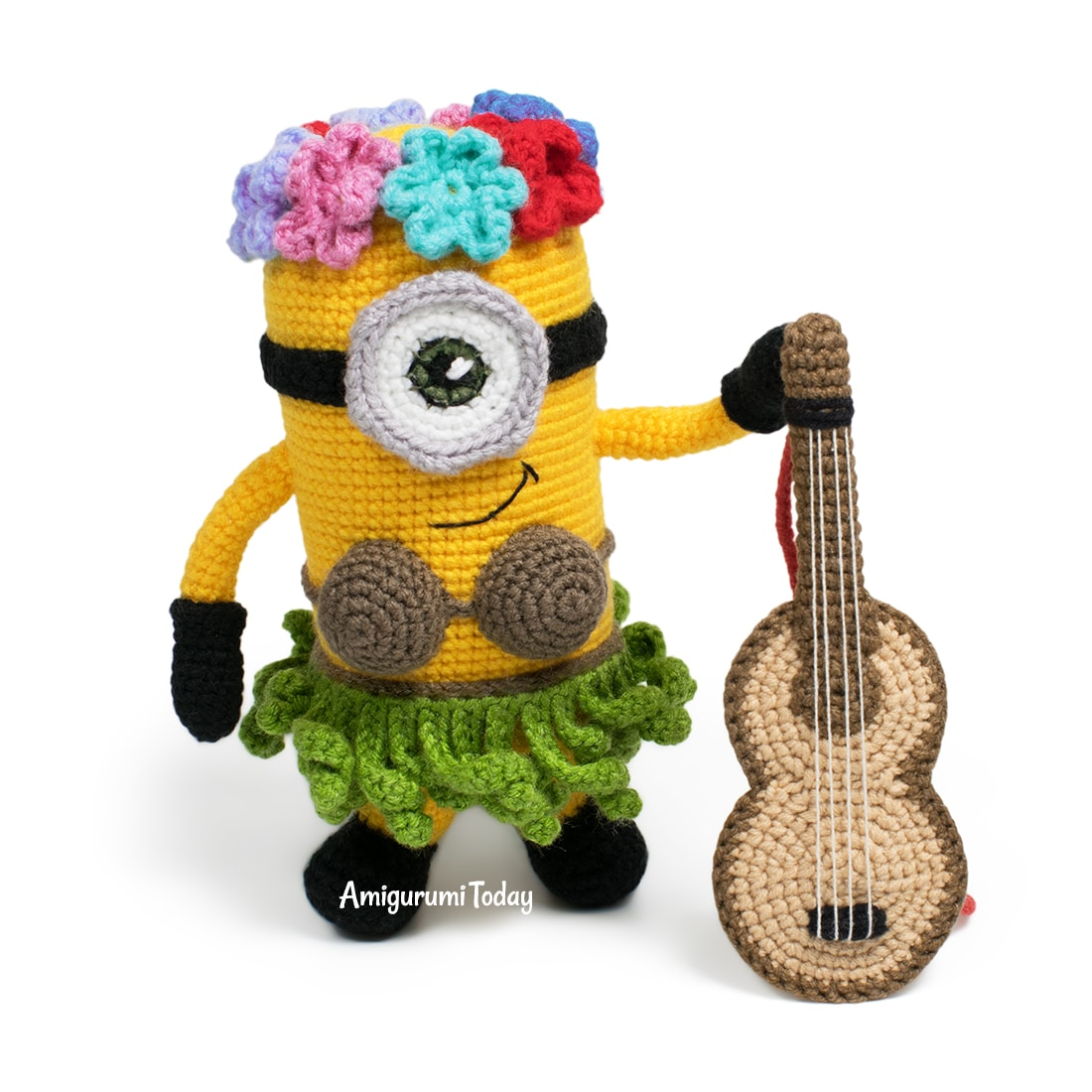 Free Amigurumi Hawaiian Minion Crochet Pattern by Amigurumi Today