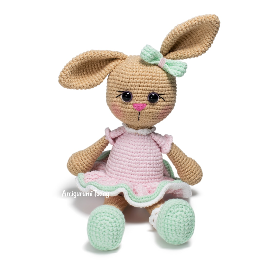 Free Lolli Bunny crochet pattern by Amigurumi Today