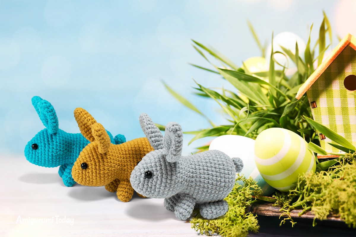 Little Easter bunny crochet pattern designed by Amigurumi Today