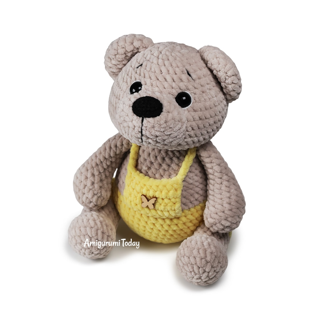 Crochet bear in overalls free pattern by Amigurumi Today